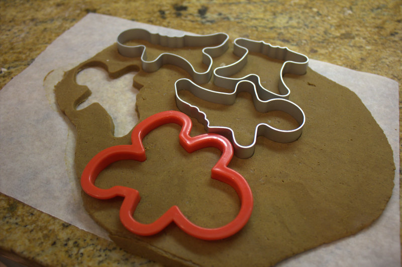 gingerbread cutting